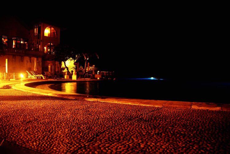 巴厘岛蓝点酒店,无边泳池 Lost In Bali Blue Point Hotel Bali Swimming Pool Pool Night Traveling Travel Holiday