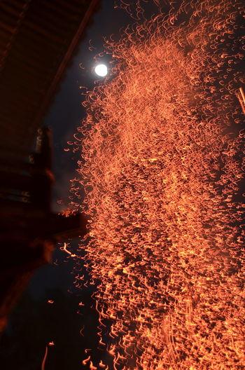東大寺 二月堂 お松明 お水取り 炎 Fire Splashing Fire In The Sky Nigatsu-do Light In The Darkness Night Photography From My Point Of View Capture The Moment EyeEm Best Shots The Purist (no Edit, No Filter) March 2017