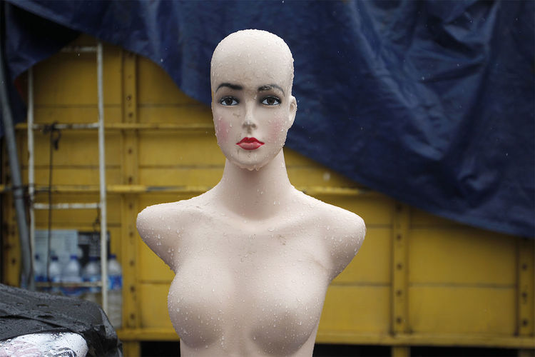Wet mannequin at workshop