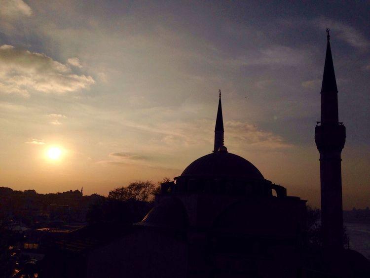 Üsküdar Istanbul Kutsal cami Mihrimahsultancamii Istanbul Turkey Hello World