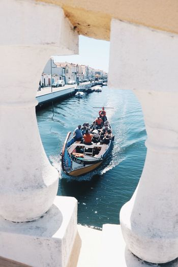 moliceiro 🛶 Portugal_em_fotos Aveiro Moliceiro Portugaldenorteasul Amazing_captures Amazingsummer Summertrip Portugalcomefeitos Portugal Portugaligers High Angle View Portugalemperspectiva