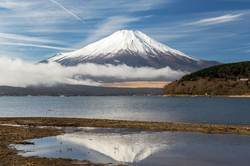 Mount Fuji and Lake Yamanakako at LakeYamanakako,Yamanashi Japan(Winter Season). ASIA Asian  Beautiful Cloud Japan Japan Photography Japanese  Morning Mount FuJi  Reflection Yamanashi Beauty In Nature Fuji Fuji Five Lakes Fujiyama Lake Yamanaka Lake View Mountain Scenics - Nature Sky Snow Snowcapped Mountain Vapor Trail Winter