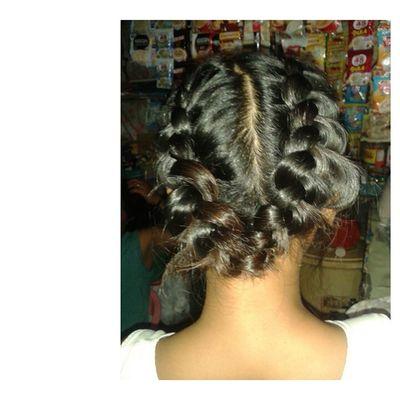 Featuring mga baligya ni Nang Shiela. XD POTD Hairbraid Hairstyle Hair