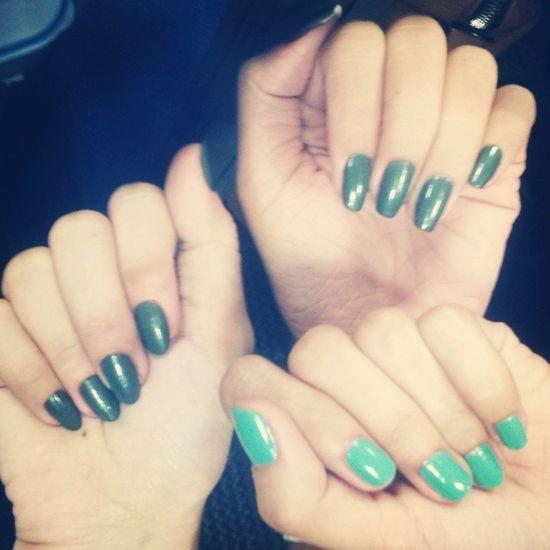 Green girls. @jhoanimari and kathy. ? ParagonICC Paragonfraud Pamperday VanityFair fraudladies