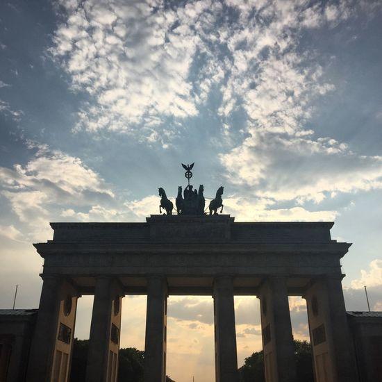 Berlin Brandenburger Tor Traveling Enjoying Life Enjoying The View Good Times Taking Photos