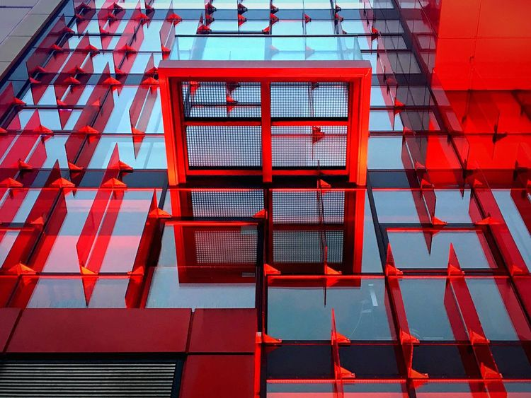 redlight. Hamburg_AN Red Architecture Shining Window Built Structure Building Exterior Façade Facades The Architect - 2017 EyeEm Awards No People Architectural Detail Architecture_collection Glass - Material St Pauli Reeperbahn  Hamburg Hamburgmeineperle Close-up Light And Shadow Modern Up Pattern Mirrored Reflection Cocktail Time
