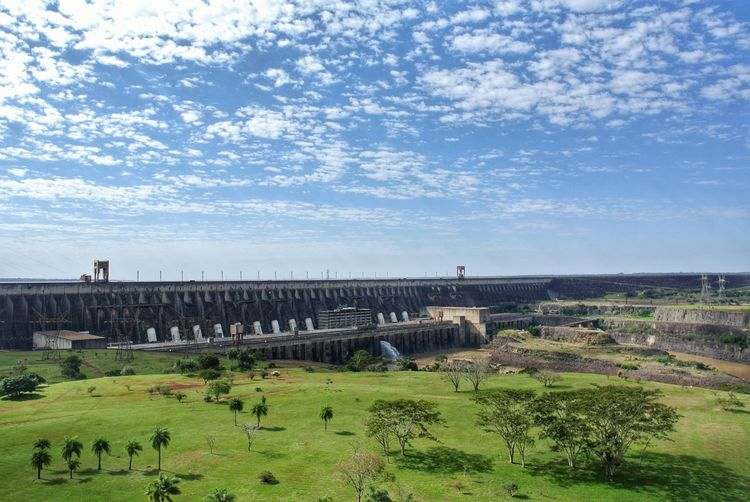 Itaipu Dam 3. Brasil. Panorama Represa Travel Water Spillway River Rio Paraná Palm Tree Sightseeing Architectural Detail Itaipu Itaipu Binacional Binacional Brasil Paraguay South America Dam Ciudad Del Este Foz Do Iguaçu Nature Technology Electricity  Power Supply Construction Tree Sky Grass Hydroelectric Power Reservoir Power Station