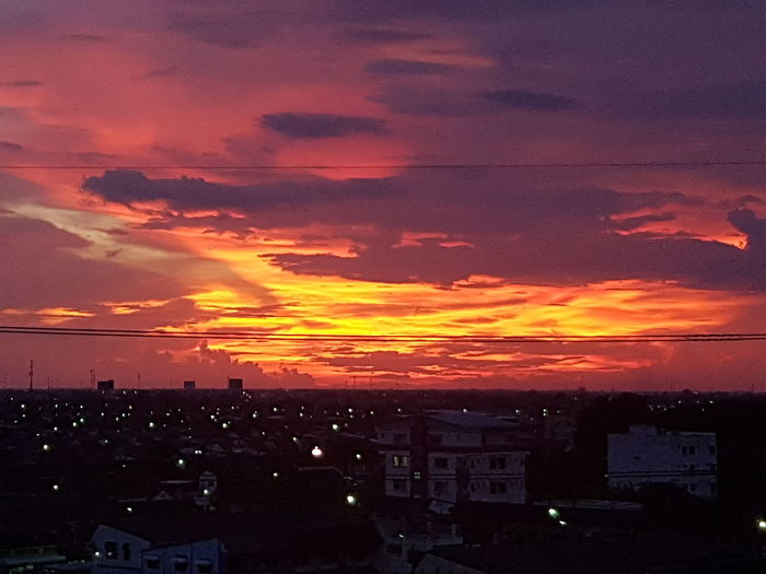 #sky #sunset #sun #clouds #skylovers #skyporn #sky #beautiful #sunset #clouds And Sky #beach #sun _collection #sunst And Clouds #colors #redrock #red #orangesky #beautiful #photography