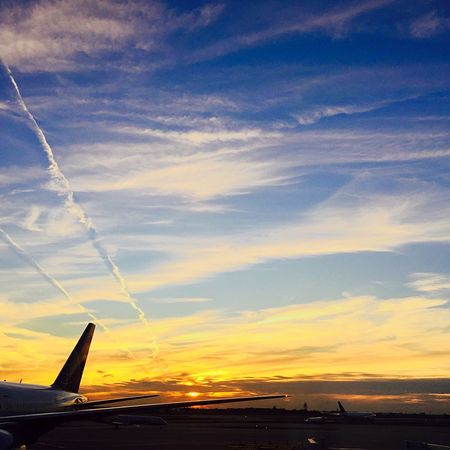 Chicago Vacation Catching A Flight Colors Magic Moments Sunset_collection MyPhotography Hello World Taking Photos Amazing View Capture The Moment Sunset Blessed  Sky_collection Clouds And Sky