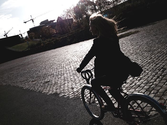 Capture The Moment People Light And Shadow Ontheroad Bike Streetphotography I Love My City On Your Bike Capturing Freedom in Cologne Celebrate Your Ride Photography In Motion People And Places Women Around The World Let's Go. Together. Black And White Friday #urbanana: The Urban Playground