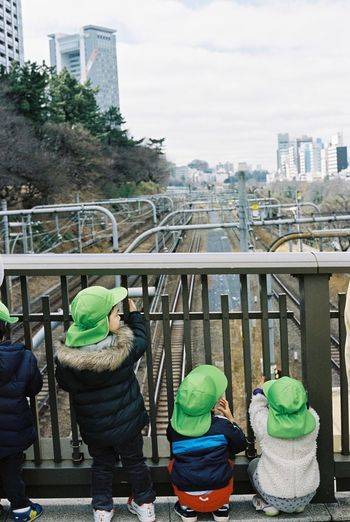Contax G2 Kodak Portra 35mm Film Film Tokyo Children Urbanphotography Streetphotography People Watching