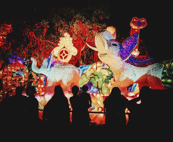 Ceramic Elephants, Chinese Spring festival 2016 Photography Late Post  Spring Festival Festival Festivities Streetphotography Street Photography 2016 2016 Chinesenewyear Ceramic Art Ceramics Ceramic Elephants Ceramic Plates And Cup Ceramic Sculpturing Ceramic Art Craft Year Of The Monkey Monkey Light Monkey King Silhouette People Silhouettes Happy People