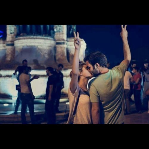 Relaxing Love Revolution Geziparki Geziyihatirlat Taksim Gezi Parkı Real Love  Socializing