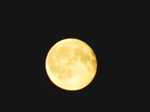 Moon Full Moon Circle Night Astronomy No People Yellow