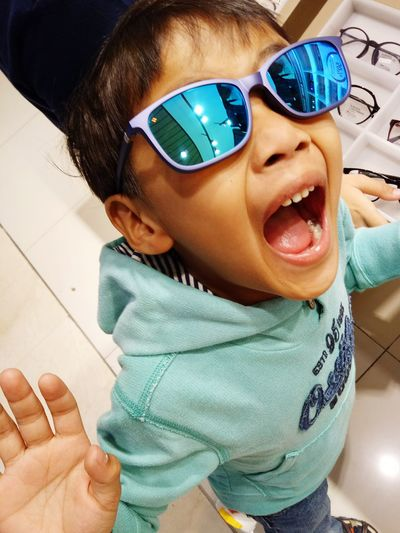 Sunglasses People One Person Human Body Part Portrait Adult Looking At Camera Disguise Child One Woman Only One Young Woman Only Indoors  Young Adult Day Close-up MySON♥ Adult Ezzra Smiling Confidence  Front View
