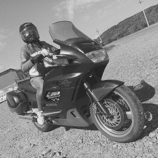 Мы в пути))) мото Mobilephotography Motoinmode MotoGirl Bormanmotophotographer Motophotos чбфотография Чб чбфото Blackandwhite
