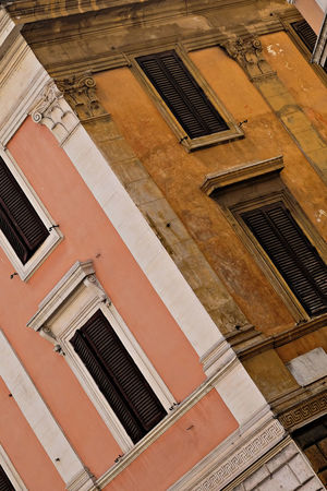 Architecture Building Exterior Italien Italy Rom Rome Street Streetphotography Symmetry Window