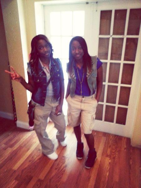 Me N My Twin Goin Tew School