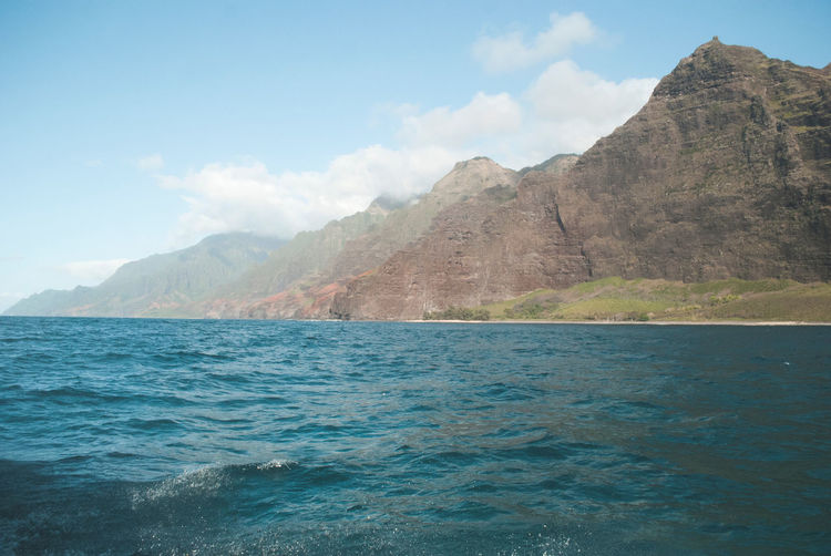 Napali Coast Hawaii Hawaii Life Travel Destinations Jurassic Park Mountain Water Scenics - Nature Sky Beauty In Nature Tranquil Scene Waterfront Tranquility Cloud - Sky Sea Nature Non-urban Scene Day Mountain Range No People Idyllic Remote Outdoors Travel Turquoise Colored