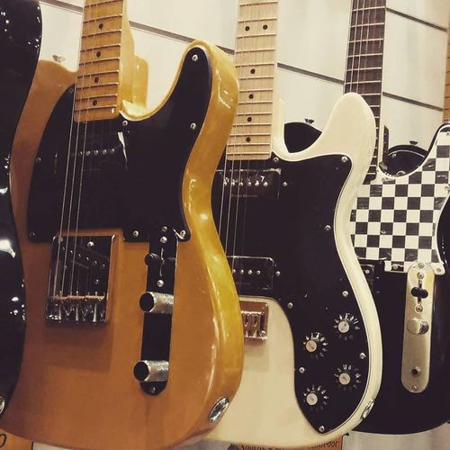 Arts Culture And Entertainment Close-up Electric Guitar Guitar Indoors  Music Musical Instrument Musical Instrument String String Instrument