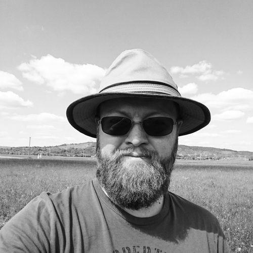 Damit mir wieder keiner sagt ich soll raus an die frische Luft... da war ich heute! Vatertag Draußen Selfie BART Mithut Bearded