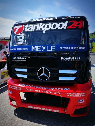 Hungarian truck fest Mercedes Mercedes-Benz Tankpool24 Truck Truckracing Red Law Close-up