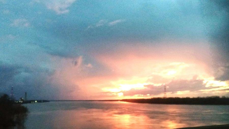 Christmas sunset on the Mississippi River
