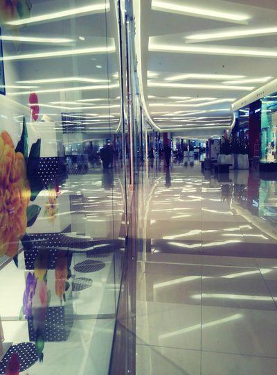 Shopping Relaxing Beautiful