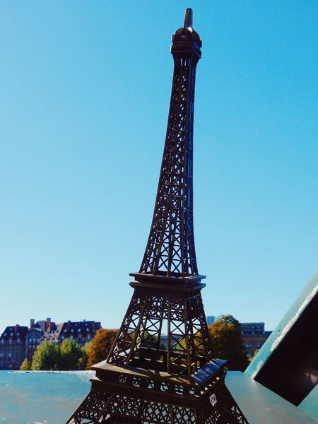 Autumn City Development Eiffel Tower Engineering Fall Famous Place Historical Landmarks International Landmark La Seine La Tour Eiffel Landmark Low Angle View Paris Paris ❤ Paris, France  River Riverside Seeing The Sights Seine Sightseeing Sky Souvenir Spirituality Tour Eiffel