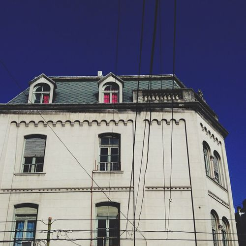 Streetphotographyraphy Architecture Architecture_collection Curtain Window Lines Windows 10 Sky_collection