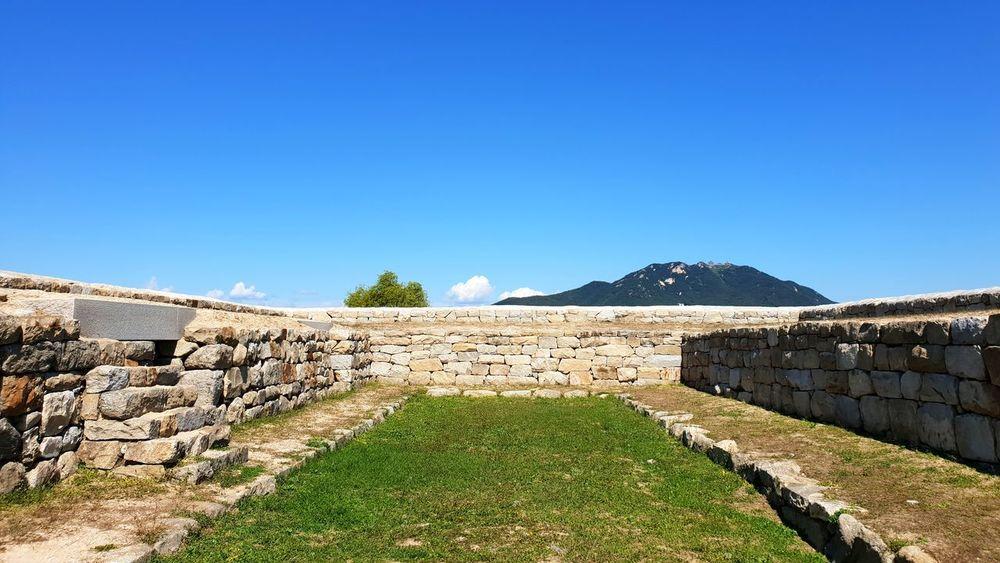 강화도 돈대 Ancient Civilization Clear Sky Agriculture Sky Landscape Stone Wall Castle Historic