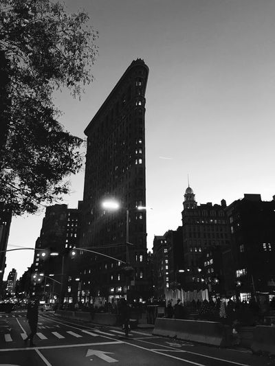 New York Manatthan City Flatiron Building New York Architecture Building Exterior Built Structure City Outdoors Clear Sky Sky