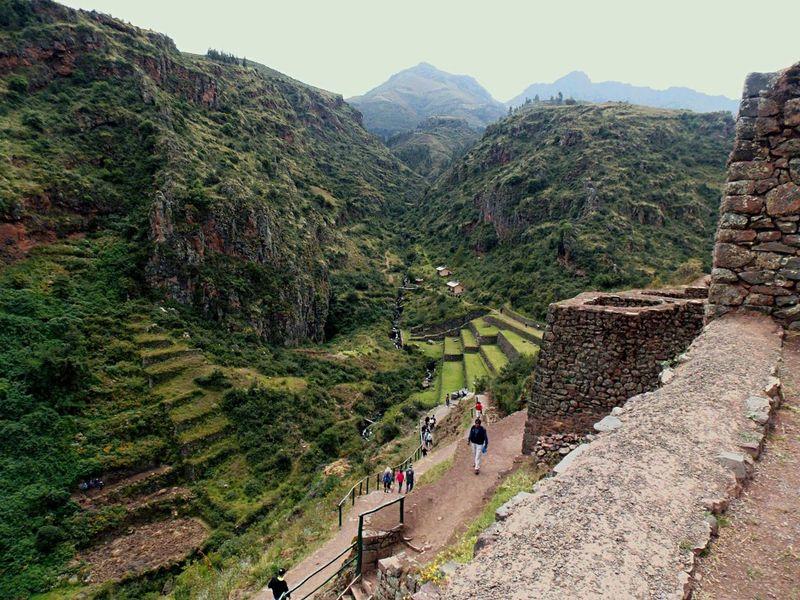 Pisaq, Valle Sagrado Inca... Subiendo... Pisaq Peru Latinoamerica Taking Photos Culturas Pure Beauty Experiencing Life Incas Nature Nature Photography