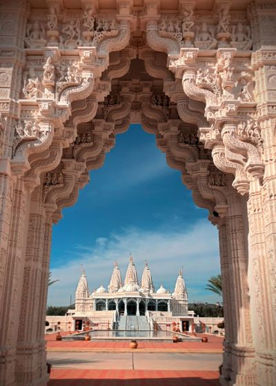 BAPS Shri Swaminarayan Mandir Visit Houston Diversity Texas Cultural Architecture Baps Mandir Hindu EyeEm Selects Architecture Built Structure History Arch Travel Destinations Building Exterior Religion Place Of Worship No People Outdoors Day Tourism Dome Sky Spirituality