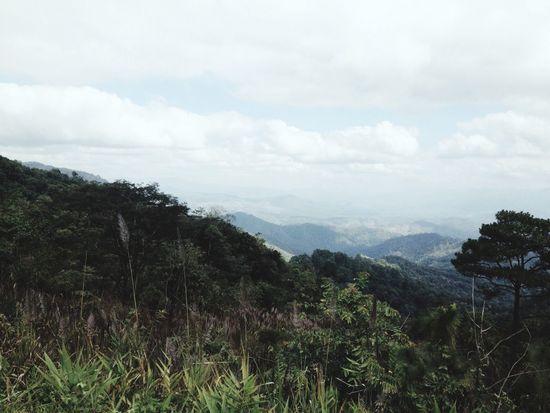 ท้องฟ้า ภูเขา โอบกอด.