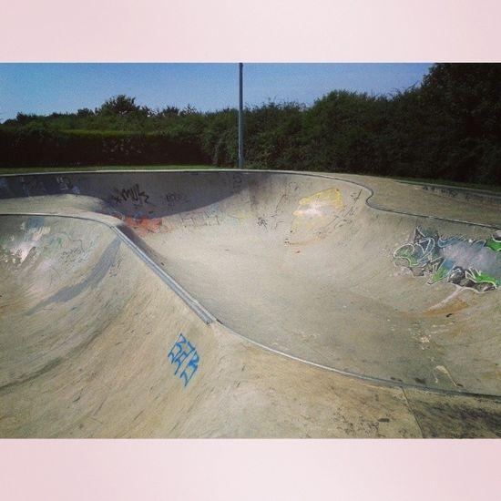 Always cool to ride a new Skatepark especially fast concrete Bowls Peterborough Werrington skatebowl skateboarding