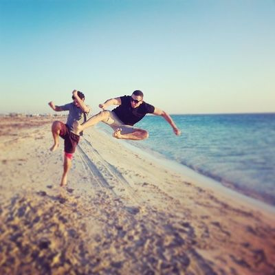 Sea Beach Fit Fitness sportkarate @sara_belgasim شن رايك توا عدنان طلعت في هدي .. ههههه