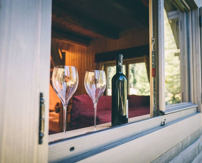 Come to relax in POKLJUKA VITAL CHALET (info and reservations on: www.pokljukavital.com) Pokljuka Pokljukavital Mountain Chalet EyeEm Selects Winetasting Wineglass Alcohol Drink Happy Hour Wine Champagne Drinking Glass Cocktail Bar - Drink Establishment Winery