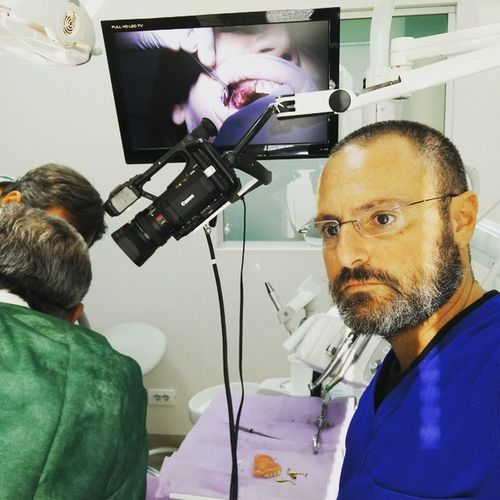 Alchermes video production. GBR, split cresta and piezo surgery: a very ful day Odontologia Dentist Dentistica Ortodonzia Implantology Piezosurgery Alchermes Paolograssi