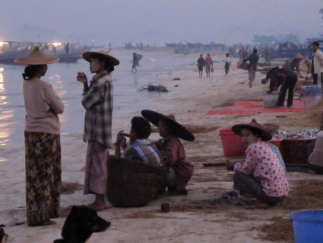 Talking and walking - early morning village life in front of the fishing fleet Nikon Rakhine State Beach Day Large Group Of People Leisure Activity Lifestyles Men Myanmar Nature Outdoors People Real People Warm Clothing Women