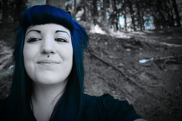 Picturing Individuality in the forests of British Columbia, Canada. A Walk In The Woods Self Portrait Blue Hair Alternative Colour Splash Portrait Photography NikonLife Nikon D5200 Gothicportrait