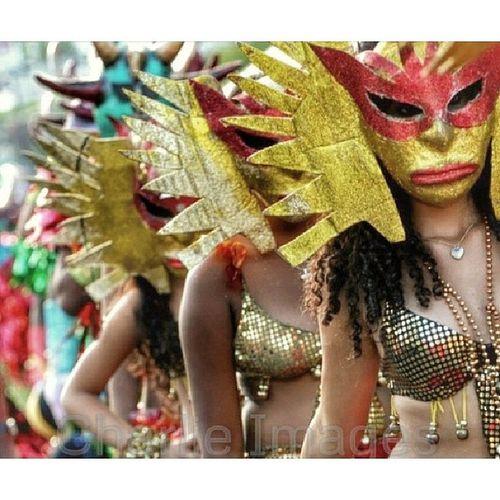 Macarás' de Bonao [Photo/Charlie Images] Bonao Carnival Streetphoto Photojournalism carnaval caretas @mario_tama Any advice? Pro