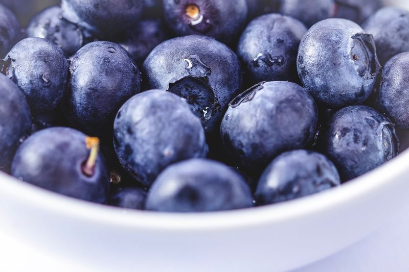 Blueberries Food And Drink Food Healthy Eating Large Group Of Objects Fruit Close-up Still Life Wellbeing Blueberry Freshness Berry Fruit No People Indoors  Bowl Abundance Full Frame Selective Focus Sweet Food Backgrounds High Angle View