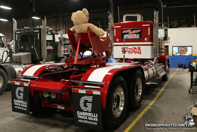Custom Kenworth, Toys for Tots. Trucks Taking Photos Toys For Tots