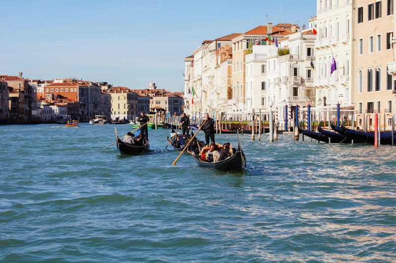 Canal Grande Canal Grande Venice, Italy Architecture Building Exterior Built Structure Canal City Gondola - Traditional Boat Group Of People Men Mode Of Transportation Nature Nautical Vessel Outdoors Real People Sky Transportation Travel Travel Destinations Water Waterfront