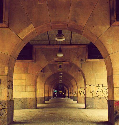 Berlin Berliner Ansichten Prenzlauer Berg Schönhauser Allee U-Bahn Berlin Viadukt Architecture Battle Of The Cities