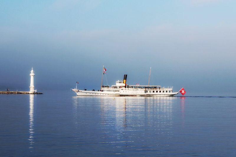 Geneve Geneva Lake Switzerland Reflection Fog Water Sky Outdoors No People Nature Beauty In Nature