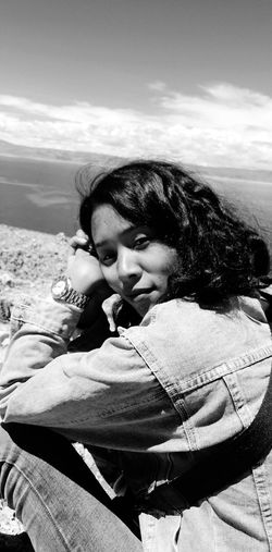 Young Women Portrait Beautiful Woman Beach Women Lying Down Sand Eyes Closed  Headshot Sky