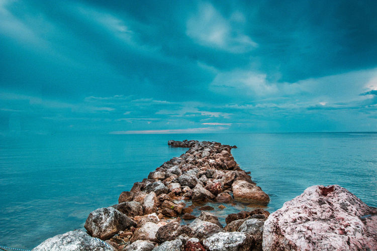 Beauty In Nature Blue Cloud - Sky Day Horizon Horizon Over Water Idyllic Nature No People Outdoors Rock Rock - Object Rock Formation Scenics - Nature Sea Sky Solid Tranquil Scene Tranquility Turquoise Colored Water