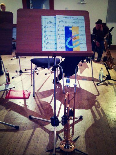 Trompete, das beste was ich je angefangen hab! Trumpet Music Taking Photos